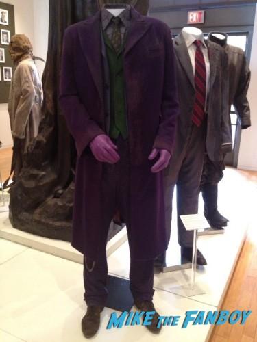 Costumes Warner Brothers Heath