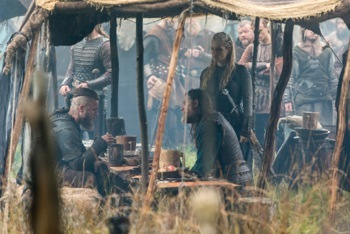 Allies Ragnar (Travis Fimmel), King Horik (Donal Logue) and Earl Ingstad, AKA Lagertha (Katheryn Winnick)