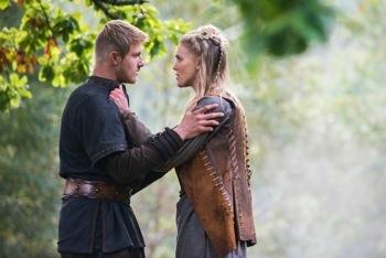 Bjorn (Alexander Ludwig) and Porunn (Gaia Weiss)