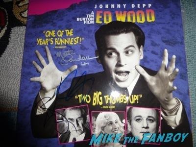 Martin Landau signing autographs now Hollywood Show Martin Landau signing autographs ed wood2
