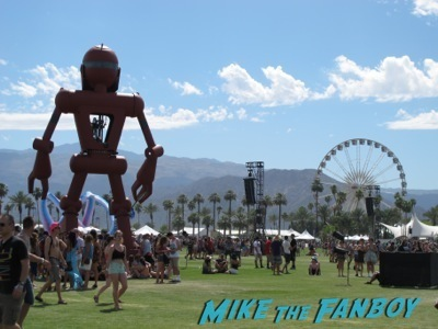 Coachella 2014 general atmosphere robot