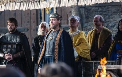 King Ecbert (played by Linus Roache)