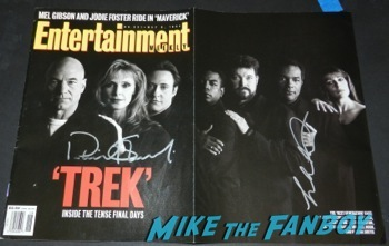 star trek the next generation entertainment weekly magazine cover signed Malcolm McDowell q and a star trek generations signing autographs fan photo11