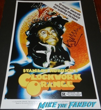 Malcolm McDowell q and a star trek generations signing autographs fan photo10