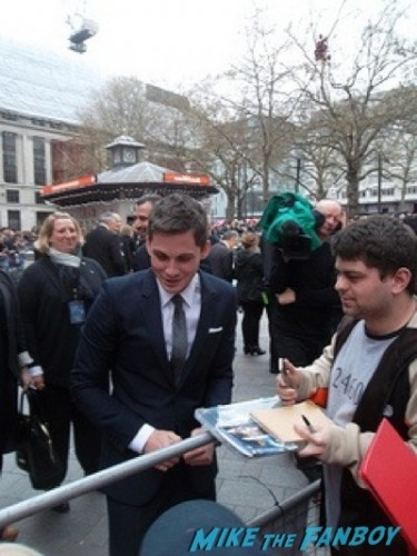 Logan Lerman signing autographs Noah UK Premiere Russell Crowe Emma Watson signing autographs13