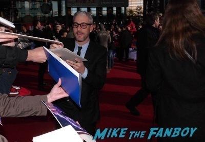 The Amazing Spider-Man 2 Berlin Premiere emma stone jamie foxx signing autographs1