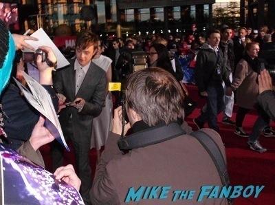 dane dehann signing autographs The Amazing Spider-Man 2 Berlin Premiere emma stone jamie foxx signing autographs2