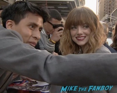 emma stone signing autographs The Amazing Spider-Man 2 new york premiere emma stone andrew garfield 3