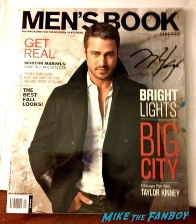 taylor kinney signing autographs hot fan photo The Other Woman Premiere Taylor Kinney Cameron Diaz Signing Autographs  13