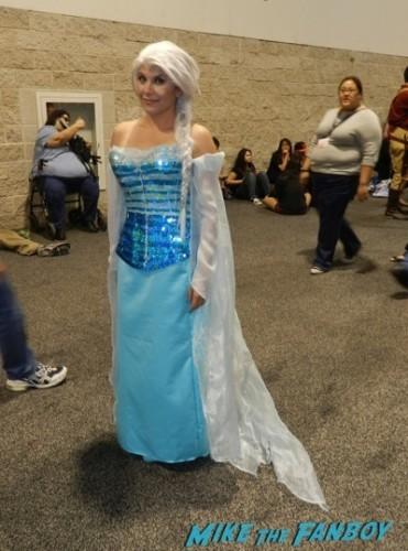 Wondercon 2014 cosplay elvira game of thrones up 11