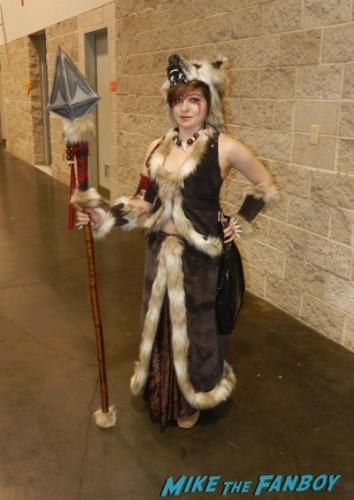 Wondercon 2014 cosplay elvira game of thrones up 15