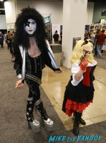 Wondercon 2014 cosplay elvira game of thrones up 19