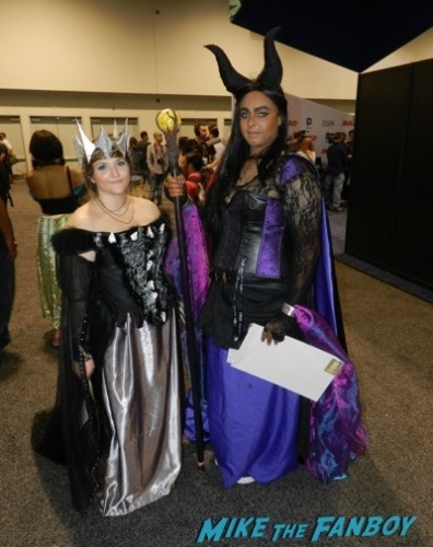 Wondercon 2014 cosplay elvira game of thrones up 26