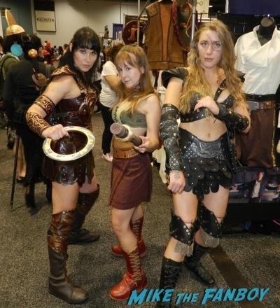 Wondercon 2014 cosplay elvira game of thrones up 8