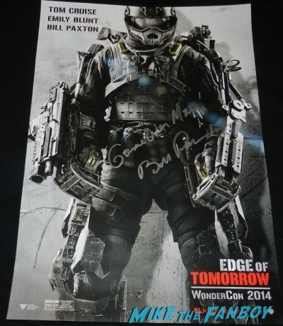 edge of tomorrow bill paxton signed mini poster Wondercon 2014 cosplay morticia thor walking dead sons of anarchy148