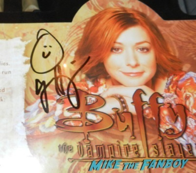 alyson hannigan signed willow's spellbook action figure three pack jimmy kimmel live signing autographs 32