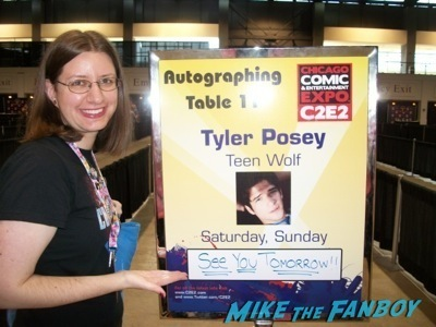 tyler posey signed autograph c2e2 chicago fan expo cosplay tyler posey teen wolf alfie allen 17
