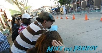 draft day movie premiere jennifer Garner Tom Welling signing autographs 11