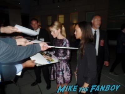 kiernan shipka signing autographs Mad Men season 7 premiere jon hamm ignores fans