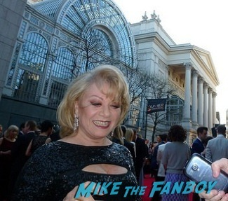 Elaine Paige signing autographs olivier awards 2014 signing autographs for fans 13