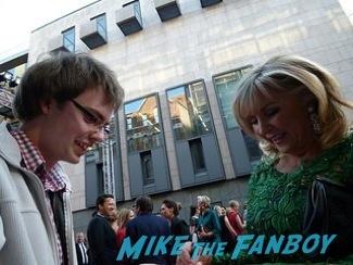 Lesley Garrett signing autographs olivier awards 2014 signing autographs for fans 16