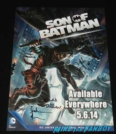 son of batman signed autograph mini poster rare wondercon 2014 son of batman salem revolution autograph signing 108
