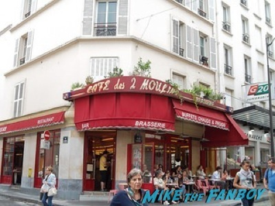 amelie filming location rare cafe Audrey Tautou signing autographs fan photo rare signed 5