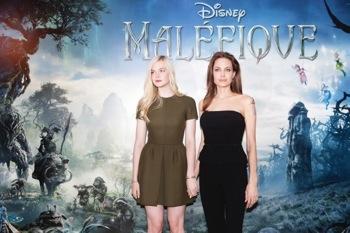"""Disney's Maleficent CONFÉRENCE DE PRESSE DU FILM """"MALÉFIQUE À PARIS, FRANCE Salon Elysée at Hôtel Le Bristol in Paris. Moderated by Béatrice Wachsberger."""