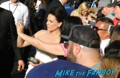 lana parrilla signing autographs Maleficent los angeles premiere photos brad pitt signing autographs  angelina jolie   19