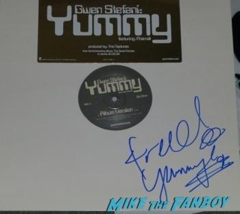 Pharrell Williams signed autograph yummy remix rare signing autographs jimmy kimmel live hot      2