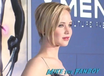 X-Men Days of Future Past New York Premiere jennifer lawrence signing autographs15