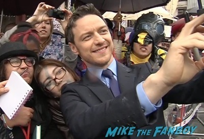 X-Men: Days of Future past uk premiere signing autographs ian mckellen michael fassbender 2