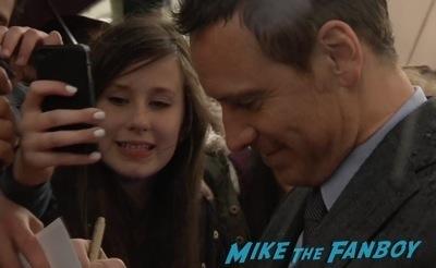 X-Men: Days of Future past uk premiere signing autographs ian mckellen michael fassbender 5