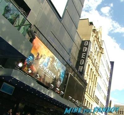 X-Men: Days of Future past uk premiere signing autographs ian mckellen michael fassbender 8