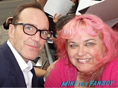 clark gregg fan photo signing autographs for fans      2