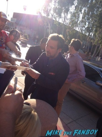 Eddie Marsan signing autogaphs ray donovan television academy event signing autographs 1