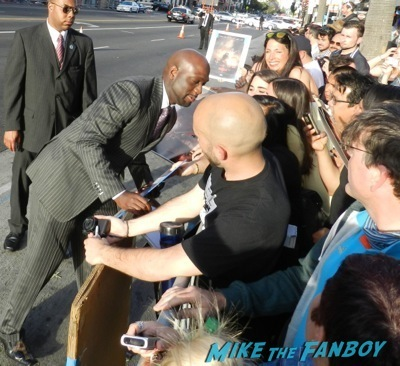 Richard T. Jones signing autographs Godzilla movie premiere aaron-taylor Johnson elizabeth olsen24