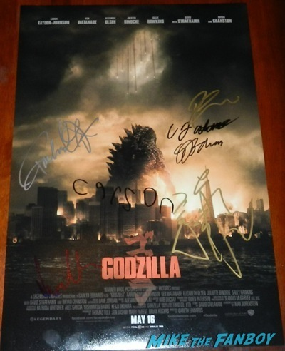 godzilla signed autograph movie poster signing autographs Godzilla movie premiere aaron-taylor Johnson elizabeth olsen35