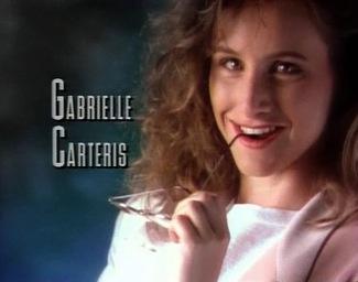 gabrielle carteris 90210 main credits