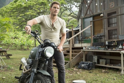 Jurassic World press promo still chris pratt muscle hot