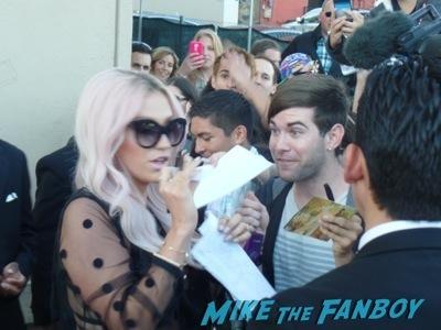 Kesha signing autographs jimmy kimmel live
