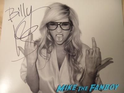 Kesha signed autograph terry richardson photo rare Kesha signing autographs jimmy kimmel live