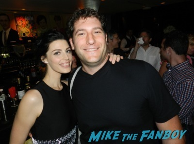jessica pare fan photo signed Mad Men TV Academy Q and a jon hamm signing autographs 57