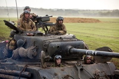 brad-pitt-gets-tanked-in-a-new-image-from-fury-164059-a-1402062728-1000-667 2