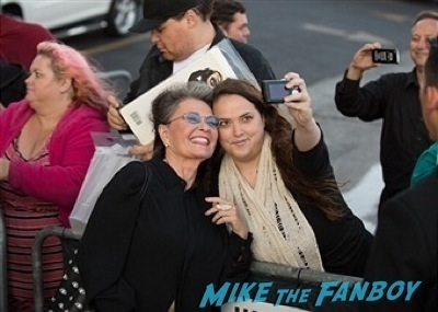 roseanne and Eric Dane signing autographs jimmy kimmel live 2014   7
