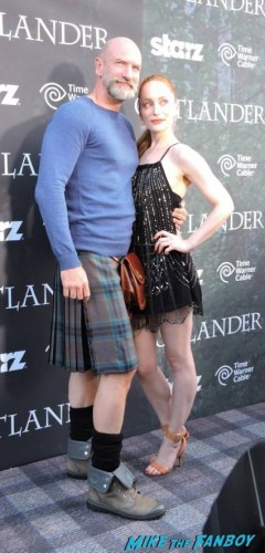 Graham McTavish (Dougal MacKenzie) and Lotte Verbeek (Geillis Duncan)