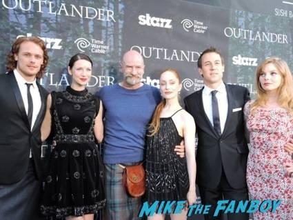 """Outlander"" Cast Pose for a group shot"