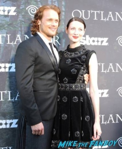 Sam Heughan (Jamie Fraser) and Caitriona Balfe (Claire Randall)