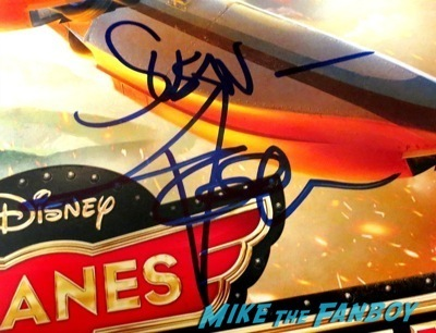 Dane Cook signed autograph planes mini poster signing autographs for fans jimmy kimmel live 2014     2