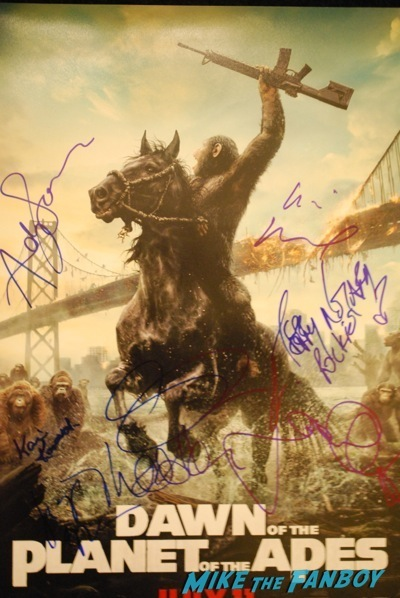Dawn of the planet of the apes signed autograph movie poster rare movie premiere andy serkis keri russell 4